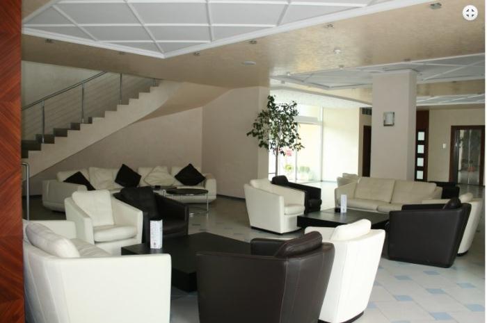 OASIS GRAND HOTEL